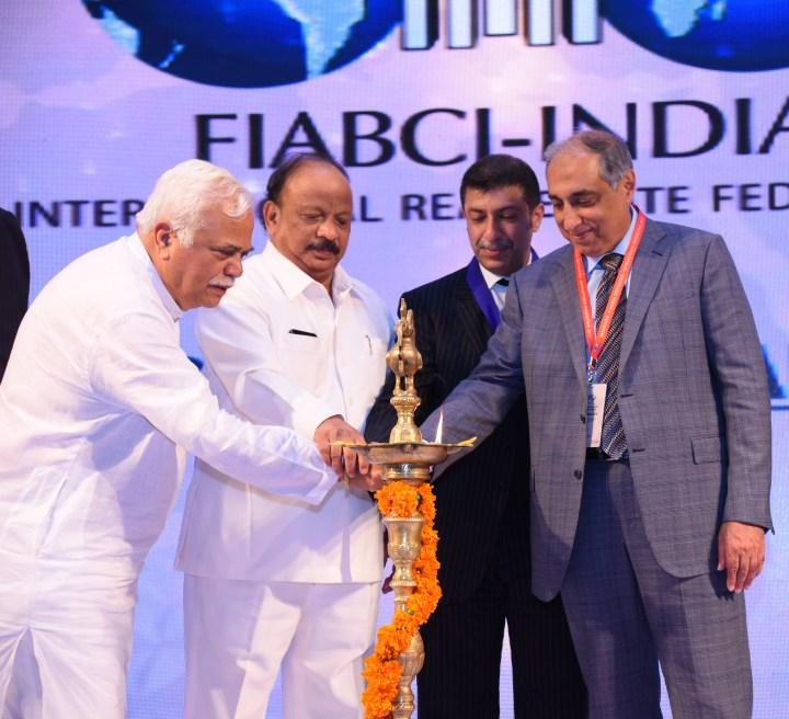 (L-R)R.V. Deshpande, Minister of Higher Education and Tourism of Karnataka_ Shri. R. Roshan Baig, Hon'ble Minister for Urban Development_ Farook Mahmood, FIABCI World President_ Irfan Ra