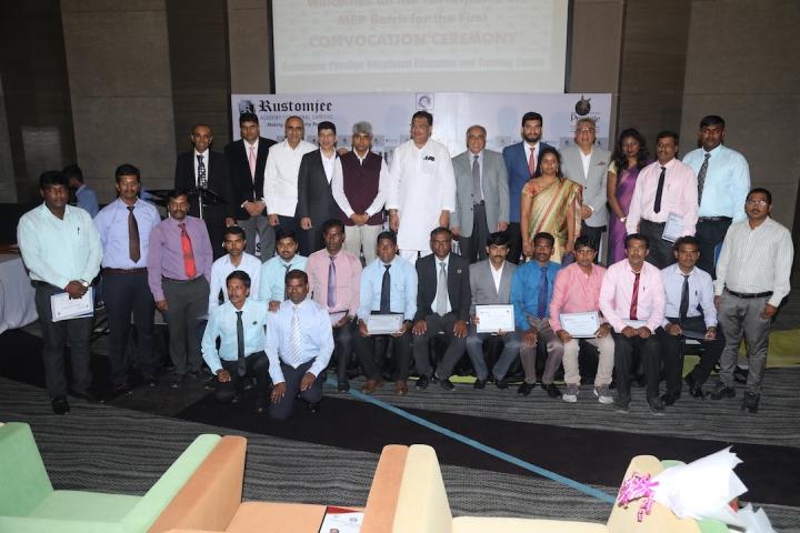 The students with Mr. Chowdhry, Mr. Halappa, Mr. Sait & Mr. Irfan Razack