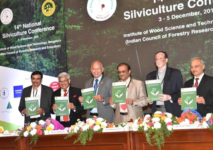 3-From Right -Mr.Sh. Kamal Bali, MD, Volvo Trucks India,Dr. Suresh Chandra Gairola, Director General, ICFRE, Dehra Dun,Sh. Siddhanta Das (Director General of Forest and Special Secreta