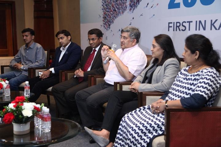 pic 1 left to right - pradeep (patient), dr sandeep satsangi, dr suresh raghavaiah, dr sanjay govil, ms shailaja suresh, prema (patient) (1)