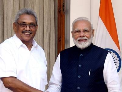modi-with-rajapakse - Copy