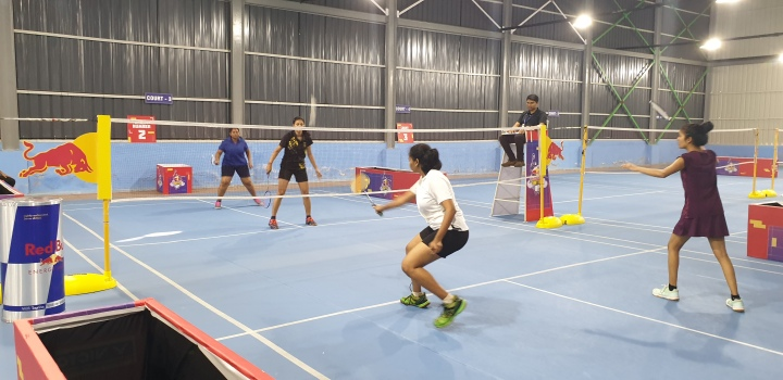Red Bull Shuttle Up finalists in action during the Bangalore qualifier here on Saturday